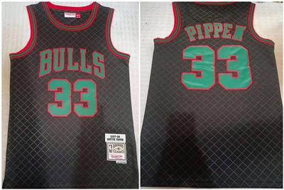 Men's Chicago Bulls #33 Scottie Pippen Black 1997-98 Finals Throwback Stitched Basketball Jersey